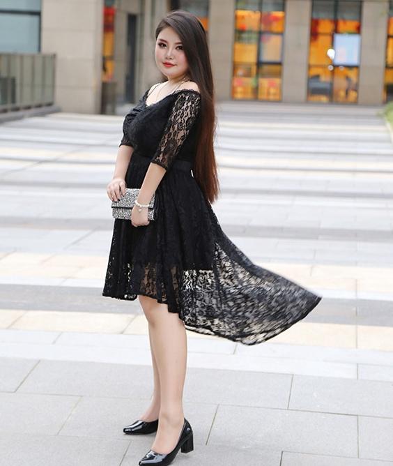 Stunning Black Plus Size Dress W/ Detachable Dip Hem Skirt