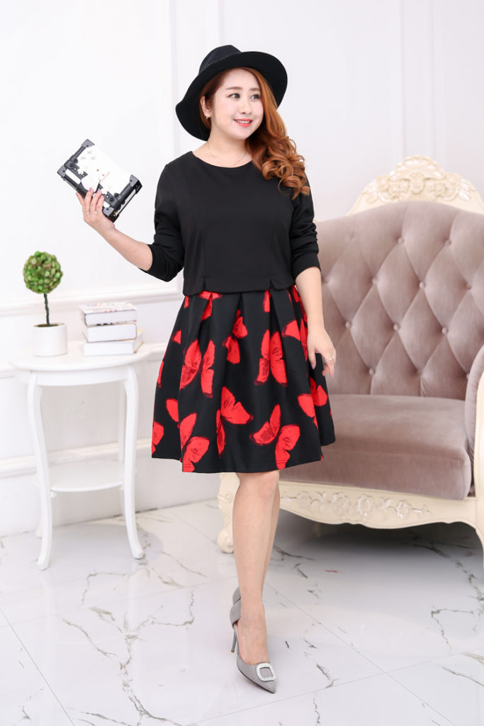 Plus Size Long Sleeves Dress With Butterfly Prints Skirt