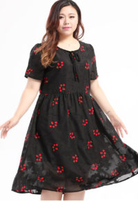 5c476cbe5b2 Plus Size Women Cute Paw Prints Tie Neck Dress